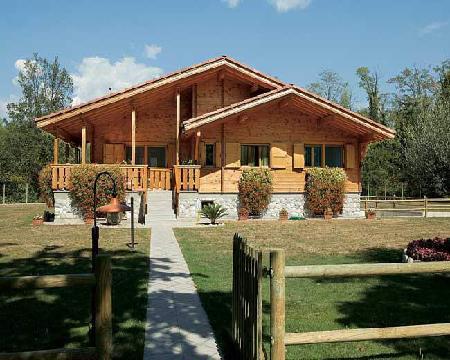 Case de lemn balazs srl produttori di case in legno for Case americane interni